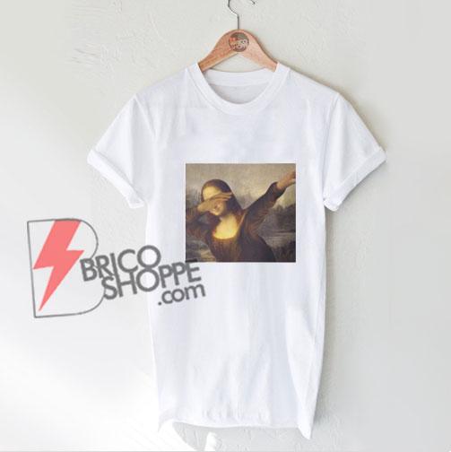 mona-lisa-dabbing-shirt---Funny's-Shirt-On-Sale